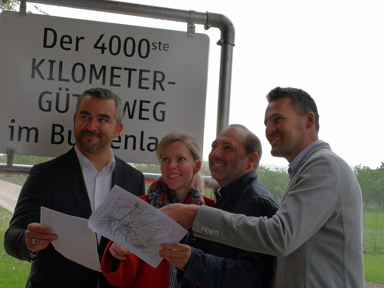 Präsentation des 4000sten Güterweg Kilometer des Burgenlandes mit LR Heinrich Dorner, Mag. (FH) Susanne Zach, Baudirektor Wolfgang Heckenast, Wegeobmann Michael Lehrner